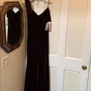 Jessica McClintock cranberry velvet formal dress 8